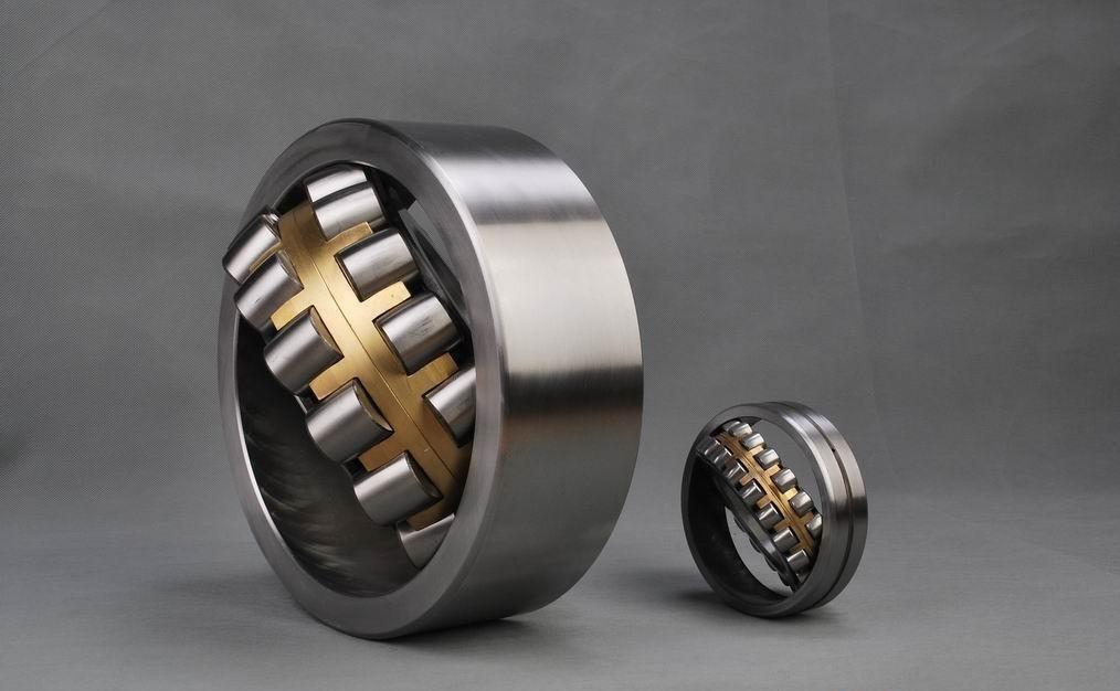 Heavy Duty 85mm*150mm*36mm Spherical Roller Bearing 22217